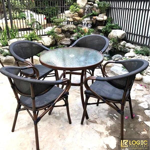 Bộ bàn ghế cafe mặt kính ghế giả cổ ngoài trời GL-02B