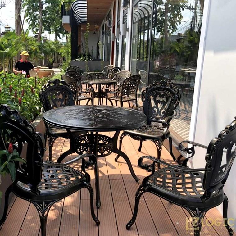 Bộ ban ghế nhôm đúc nhập khẩu dành cho sân vườn, cafe và biệt thự